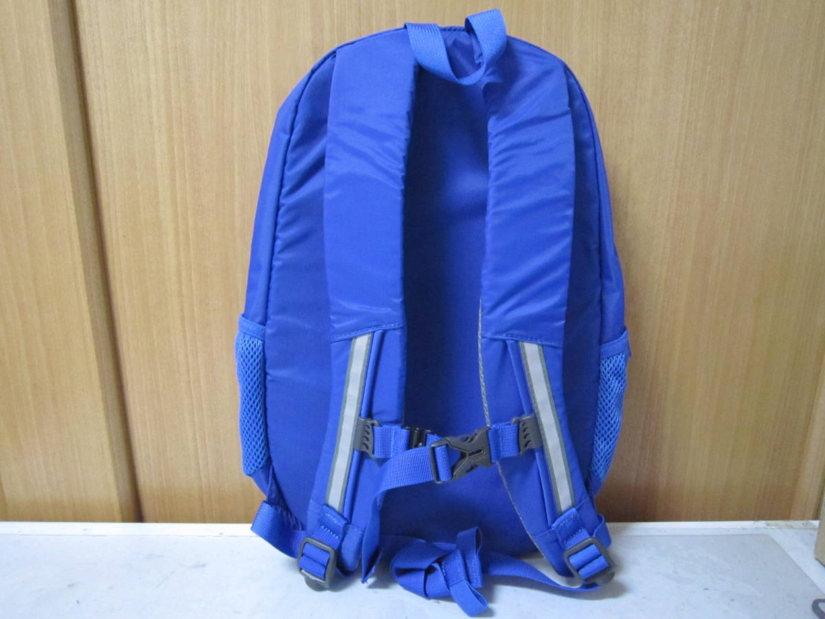 新品 mont bell モンベル キッズフィールドバッグ 青 13L 子供用リュックサック 展示品_画像2