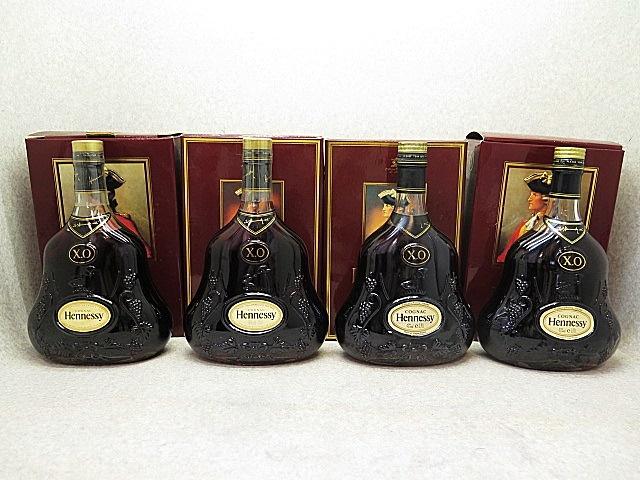 ★☆【古酒】Hennessy XO COGNAC ヘネシー 金キャップ クリアボトル 700ml 4本セット ot☆★_画像1