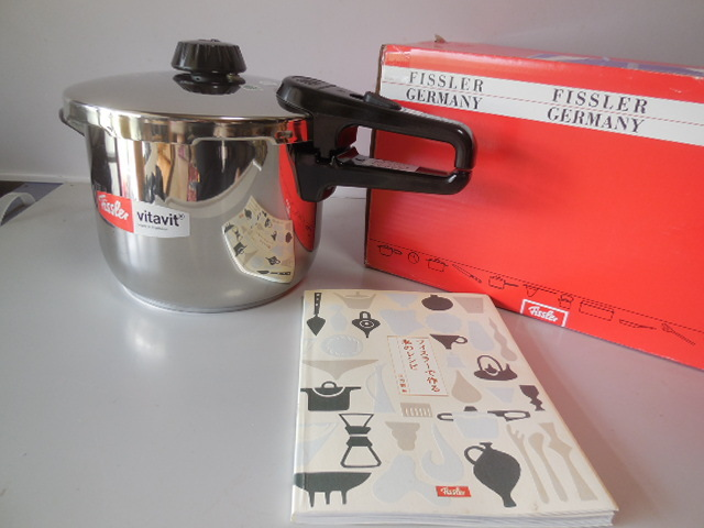 ●Fissler フィスラー圧力鍋 vitavit royal 容量:6L 寸法:22cm ドイツ製高級調理器具