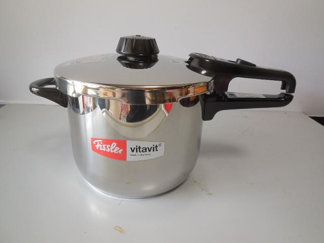 ●Fissler フィスラー圧力鍋 vitavit royal 容量:6L 寸法:22cm ドイツ製高級調理器具_画像3