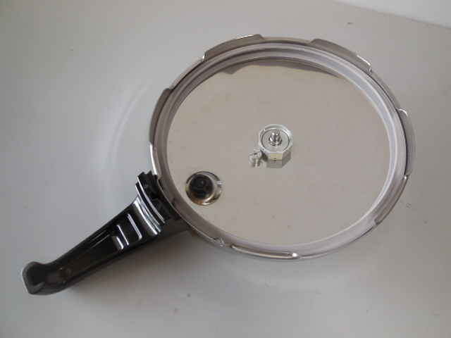 ●Fissler フィスラー圧力鍋 vitavit royal 容量:6L 寸法:22cm ドイツ製高級調理器具_画像6