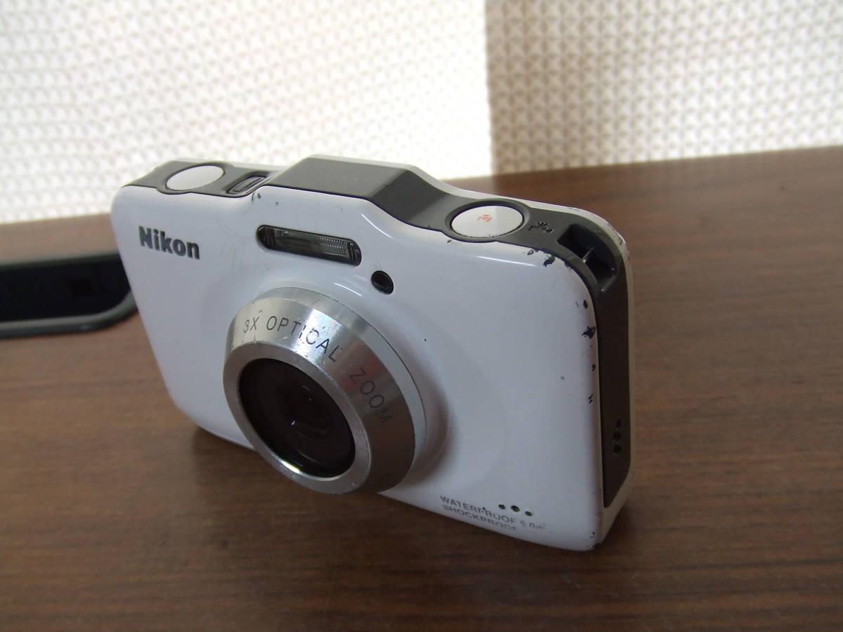 i140 Nikon ニコン COOLPIX S31 デジタルカメラ 本体のみ 本体 中古 難あり_画像2