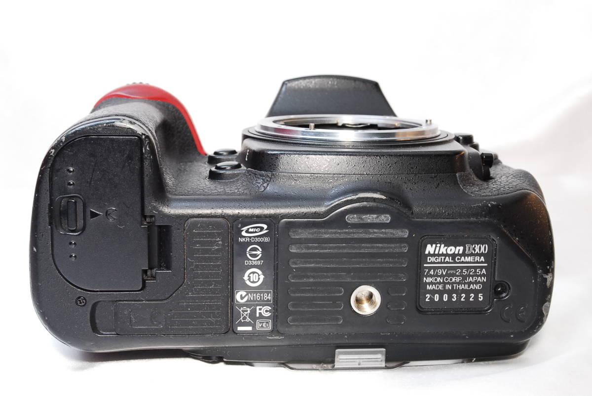 ★【美品】Nikon D300 ★名機と言われたデジタル一眼レフ ★付属品充実!!★バッテリー 充電器 液晶カバー CFカード 取説_画像5