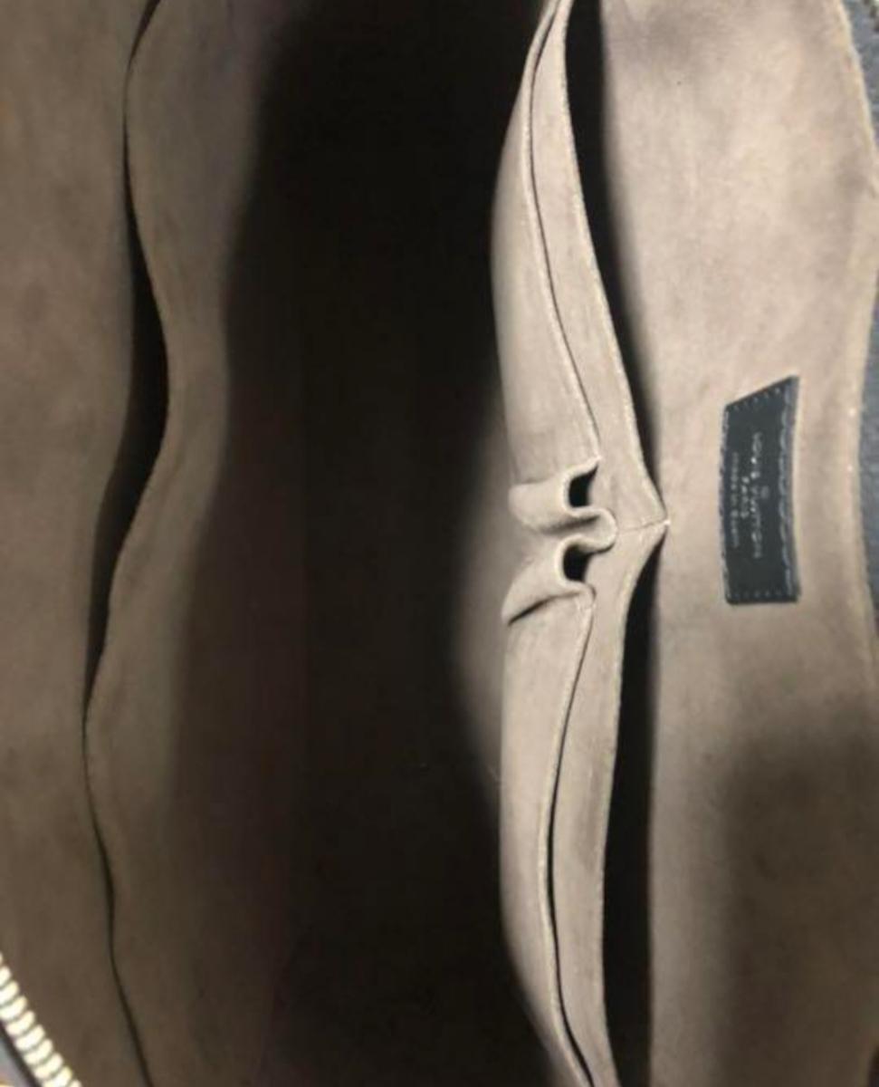 Louis Vuitton エピ ポルトドキュマン ヴォワヤージュ ノワール 極美品 定価288.360円 ルイヴィトン_画像5