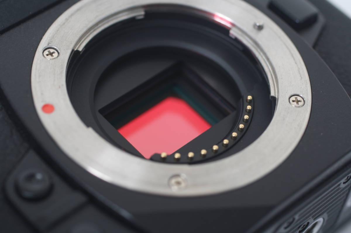 [普通中古・一週間保証] OLYMPUS OM-D E-M1 Black Body オリンパス EM1 ブラック マイクロフォーサーズミラーレス一眼ボディー_画像4