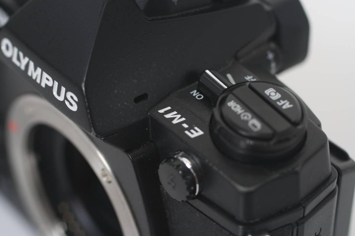 [普通中古・一週間保証] OLYMPUS OM-D E-M1 Black Body オリンパス EM1 ブラック マイクロフォーサーズミラーレス一眼ボディー_画像5