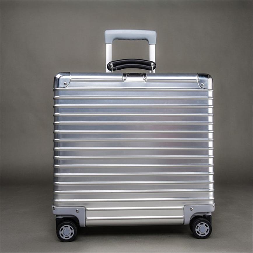 高品質☆17インチ☆TSAロック搭載スーツケース・キャリーケース☆機内持ち込可☆アルミマグネシウム合金製・軽量・静音・シルバー