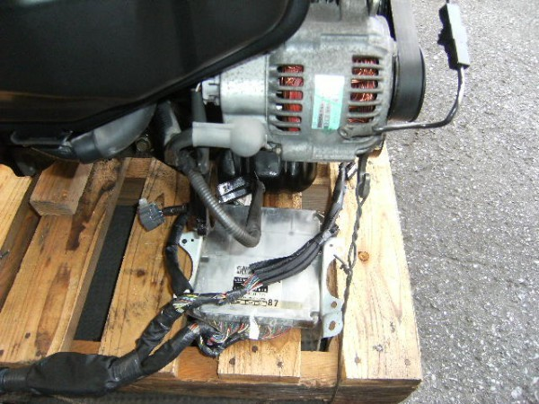 トヨタ AE111 AE86 4AGE 4A-GE 4AG エンジン レビン トレノ 4万km 美品 ダイナモ セルモーター E/Gコンピューター 補機類付き_画像4