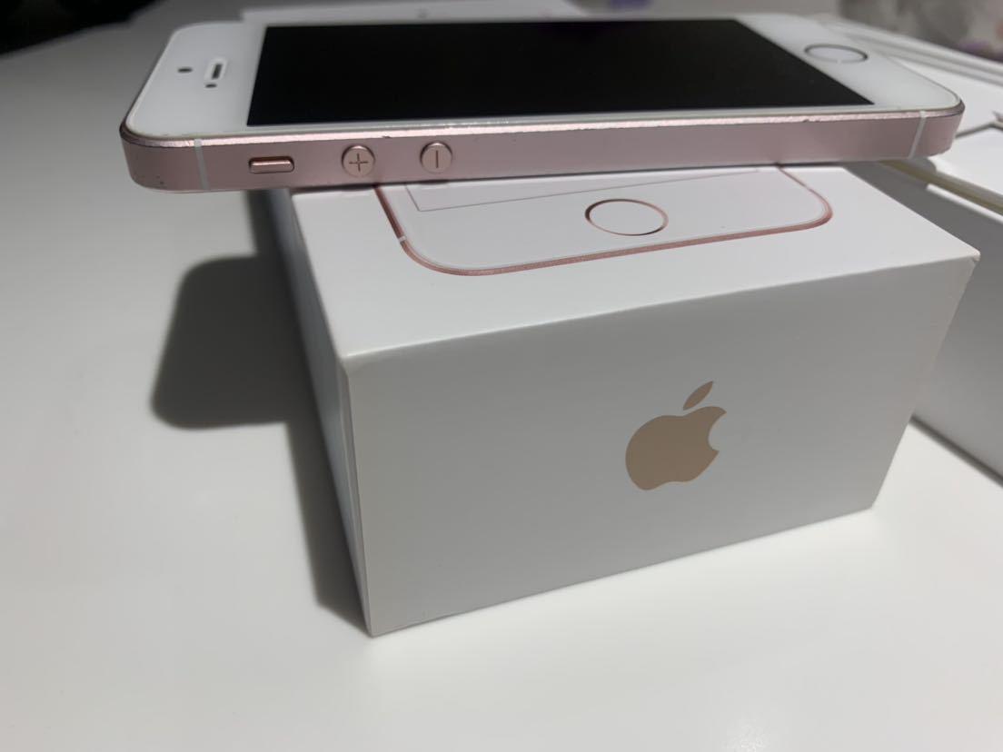 1円~ 送料無料 ジャンクだけど問題なく使用可 ジャンク理由は画面浮き 中古 SlMロック解除済み au Apple iPhone SE 64GB ローズゴールド _画像6