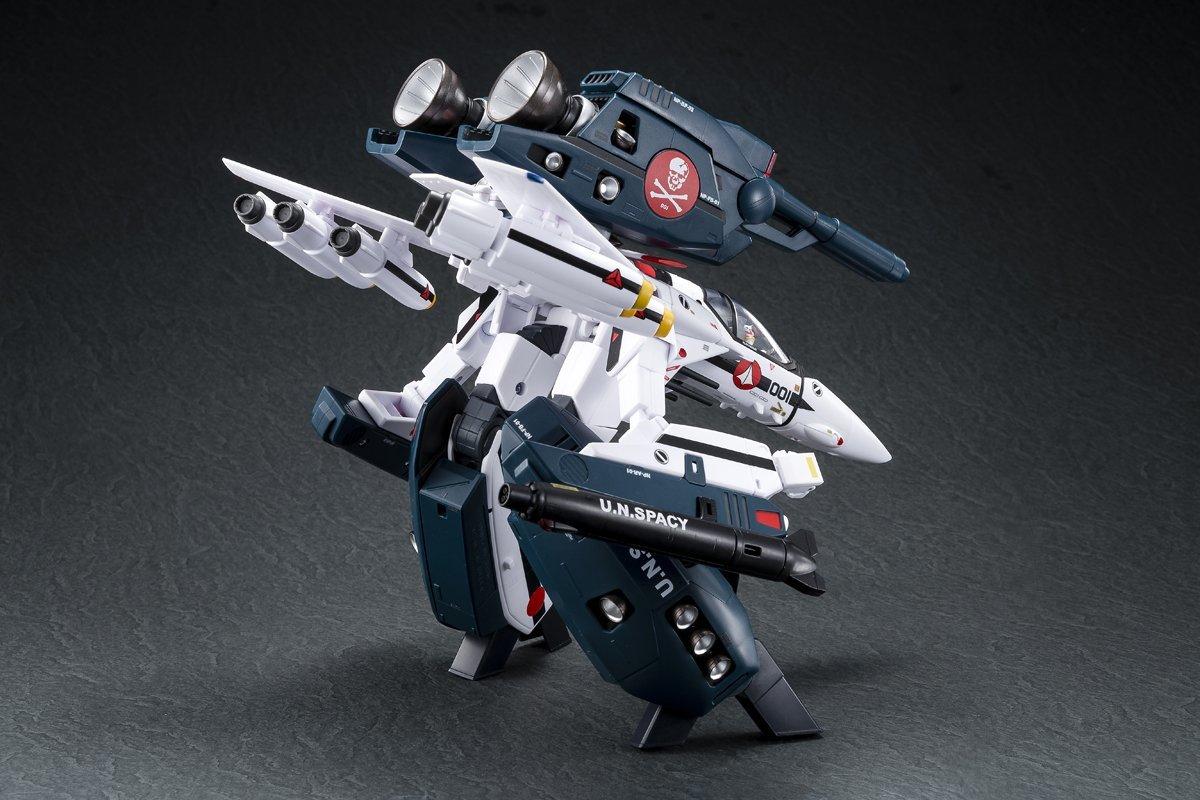 【新品未開封】超時空要塞マクロス 愛・おぼえていますか 1/60 完全変形VF-1S ストライクバルキリー (一条輝 搭乗機) movie ver._画像6