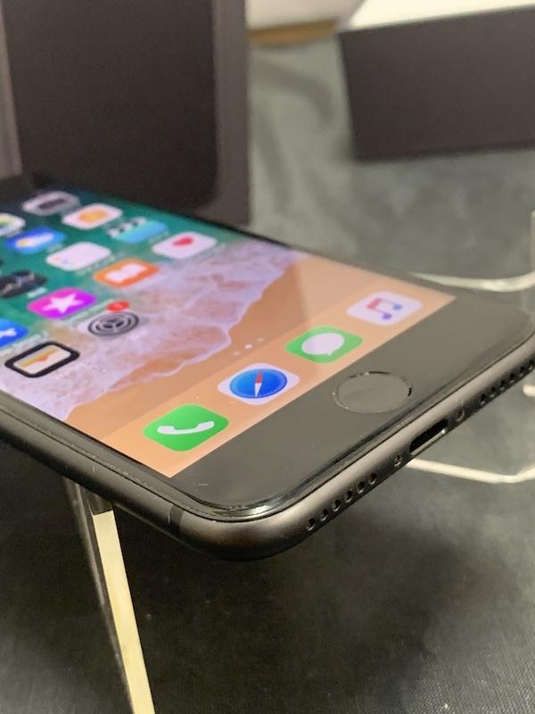 【au】【判定◯NW制限保障】iPhone8 64GB 黒 スペースグレー au系MVNO使えます!即決あり!_画像6