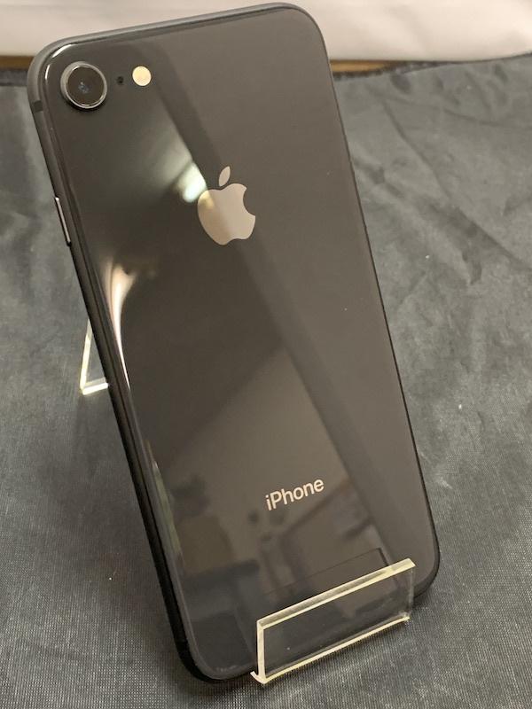 【au】【判定◯美品】iPhone8 64GB 黒 スペースグレー au系MVNO使えます!即決あり!_画像3
