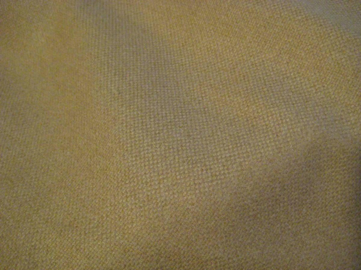 名品 アクアスキュータム ベージュのジャケットコート用生地 3.0m Aquascutum_生地表側(白熱電球下にて撮影)②