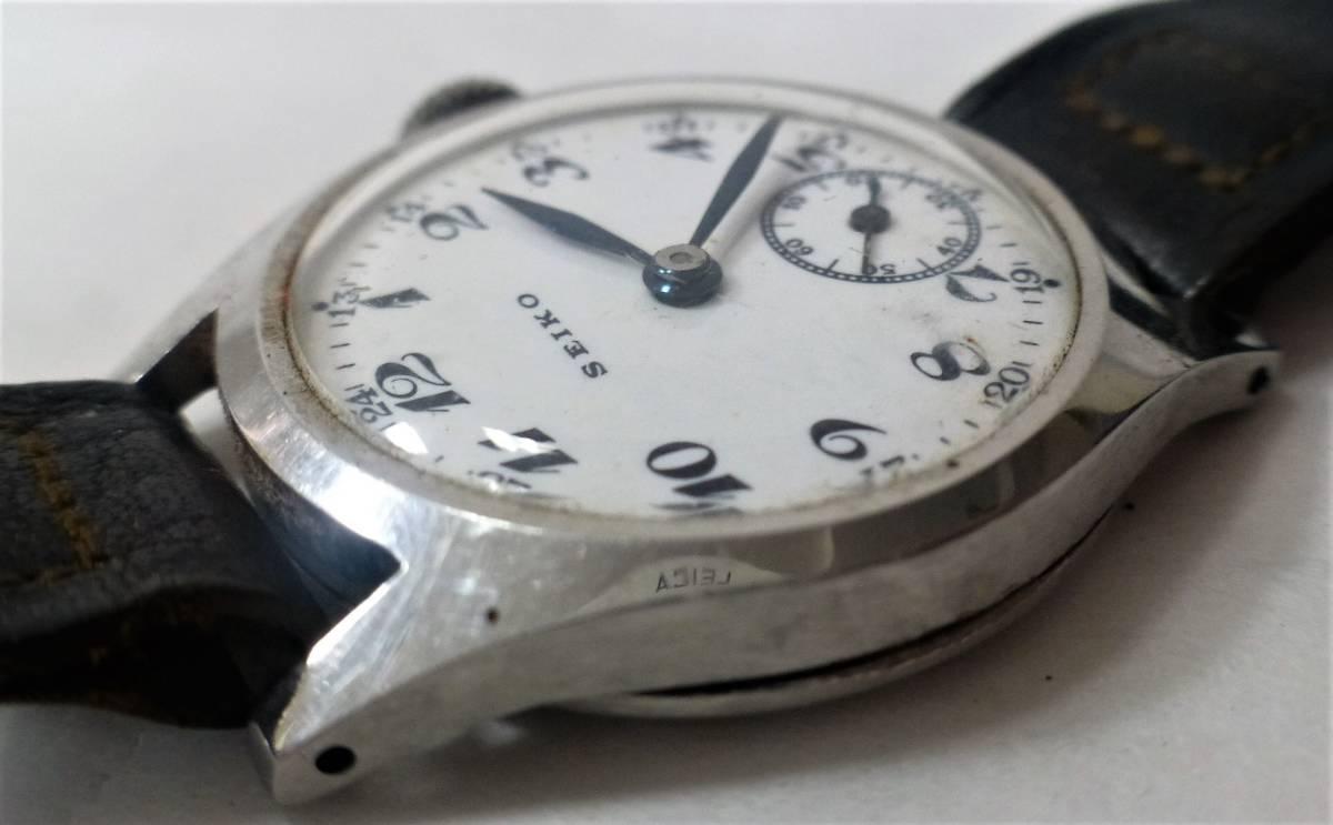 アンティーク腕時計 ★ セイコー / メンズ / 手巻 ★ 白文字盤 / 2針 / スモールセコンド ★ ベルト劣化 / 動作確認済_画像3