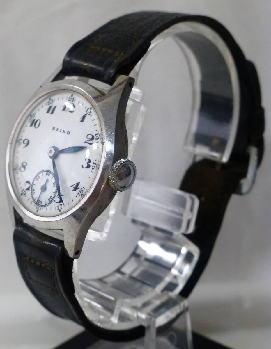 アンティーク腕時計 ★ セイコー / メンズ / 手巻 ★ 白文字盤 / 2針 / スモールセコンド ★ ベルト劣化 / 動作確認済_画像2