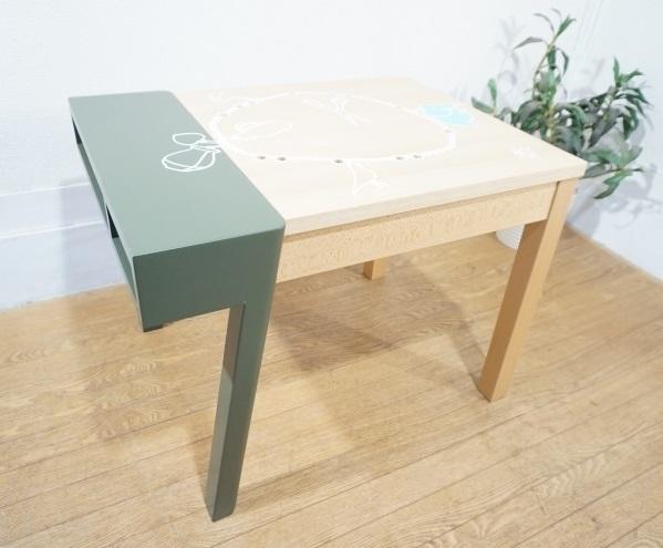 vitra ヴィトラ 【 Porcupine Desk ポーキュパイン デスク 】 Hella Jongerius ヘラ・ヨンゲリウス 2007年作 KIDS TABLE キッズテーブル_画像6