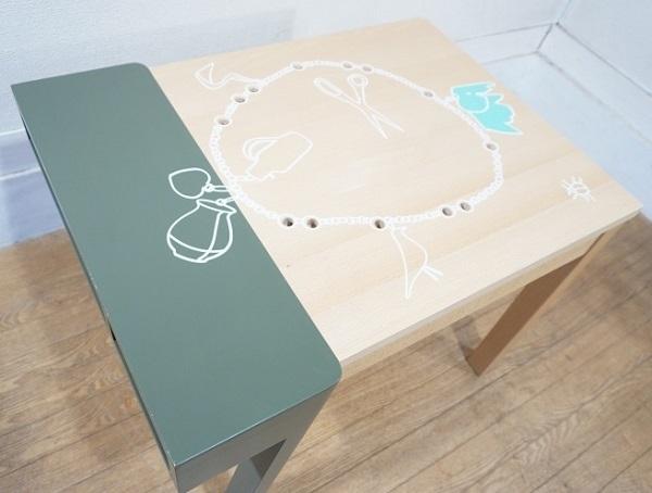 vitra ヴィトラ 【 Porcupine Desk ポーキュパイン デスク 】 Hella Jongerius ヘラ・ヨンゲリウス 2007年作 KIDS TABLE キッズテーブル_画像7