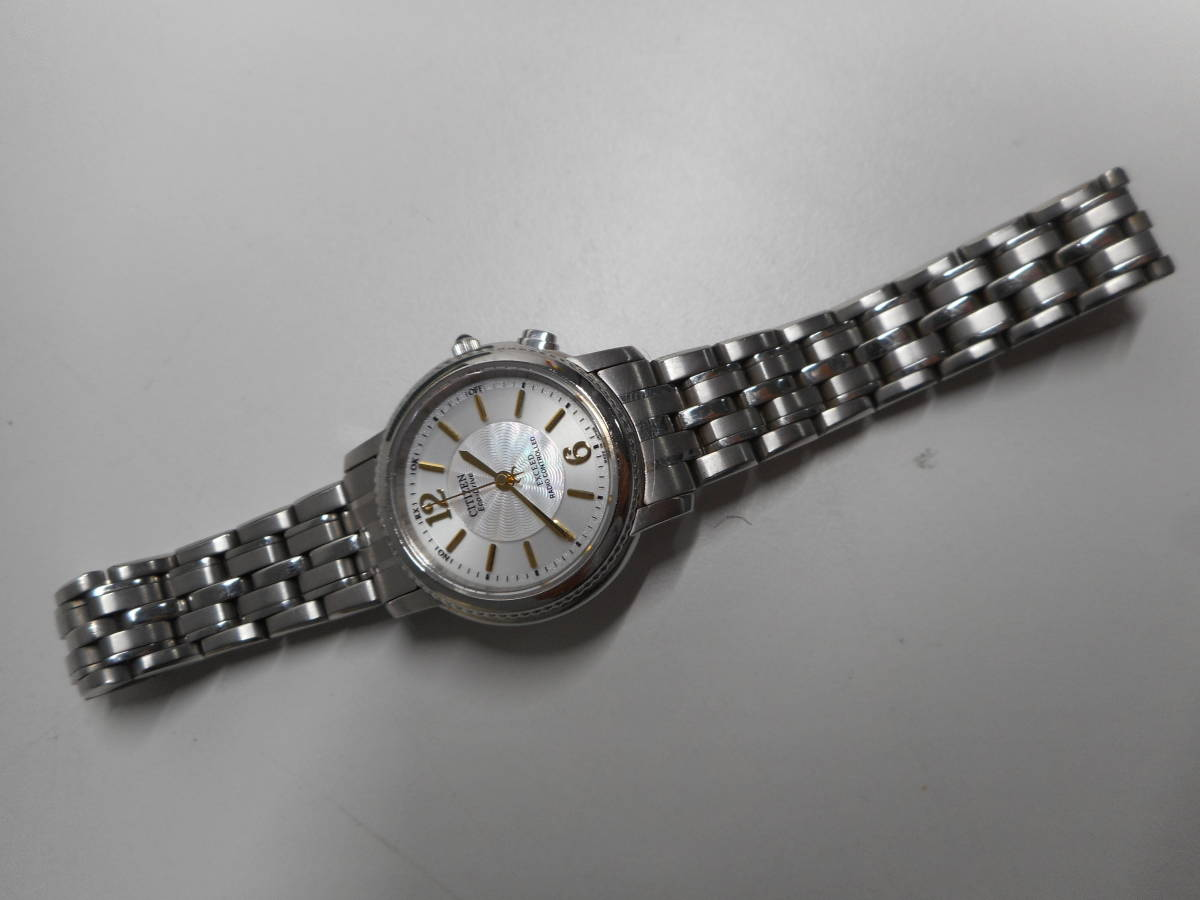 【外装綺麗目・現在動作未確認・現状渡し】CITIZEN 腕時計 EXCEED DURATEC エクシード Eco-Drive エコ・ドライブ 電波時計_画像3