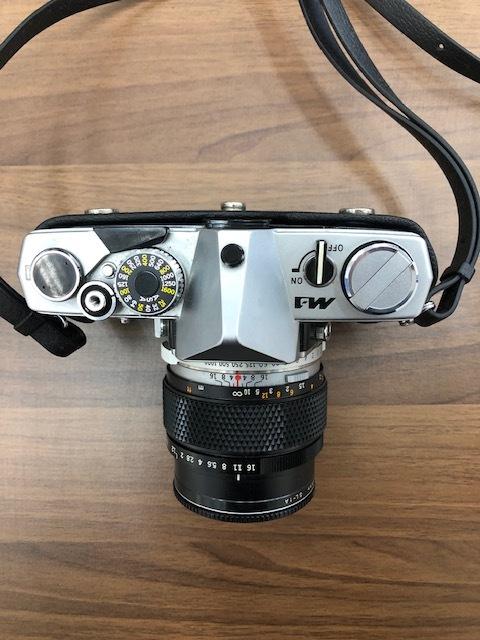 13114 OLYMPUS カメラ M-1 ケース付_画像2