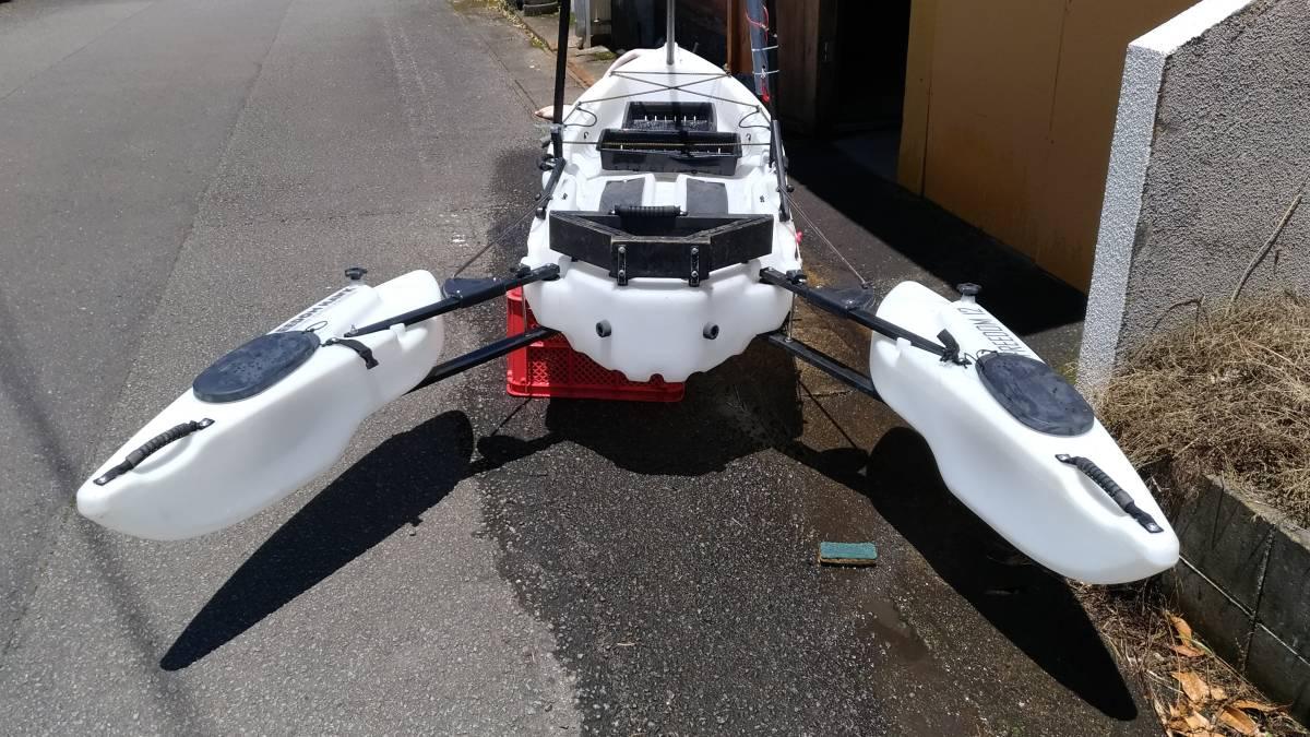 シーカヤック フリーダム パスファインダー12です。中古艇ジェイモエンジン付き_画像4