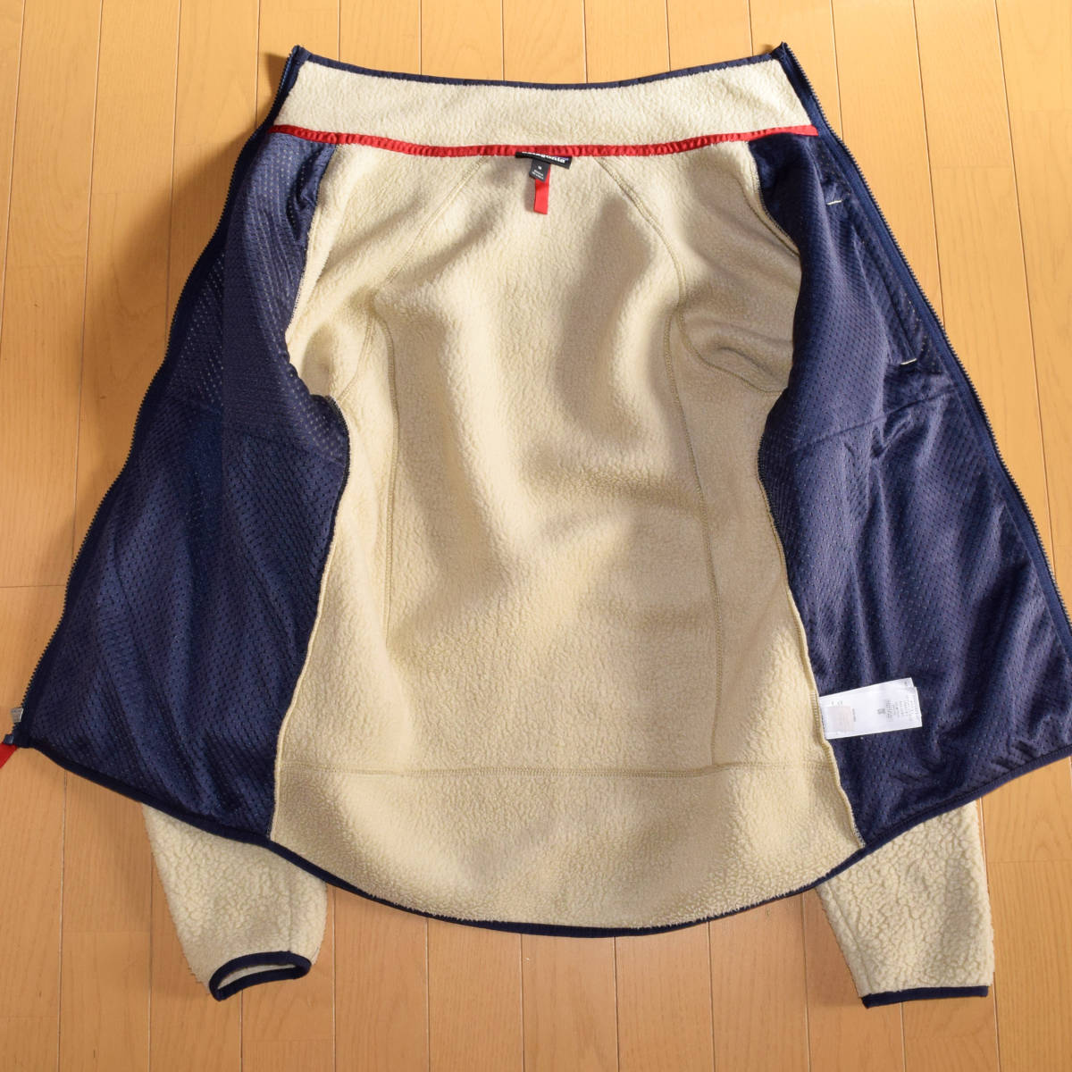 美品!人気カラー patagonia パタゴニア MEN'S retro pile jacket M サイズ レトロパイル ジャケット レトロX 希少カラー _画像3