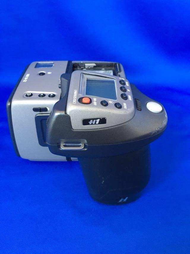 ハッセルブラッド H1 ボディ+フィルムマガジン、ポジフィルム5本、バッテリー(CR123A)6本オマケ。ラストチャンス!_画像4