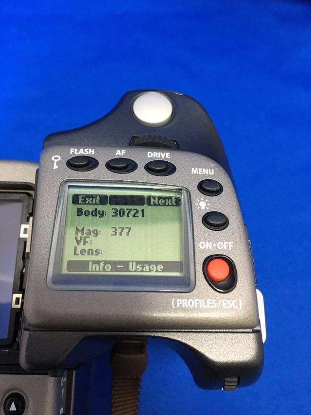 ハッセルブラッド H1 ボディ+フィルムマガジン、ポジフィルム5本、バッテリー(CR123A)6本オマケ。ラストチャンス!_画像7