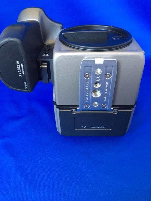 ハッセルブラッド H1 ボディ+フィルムマガジン、ポジフィルム5本、バッテリー(CR123A)6本オマケ。ラストチャンス!_画像5