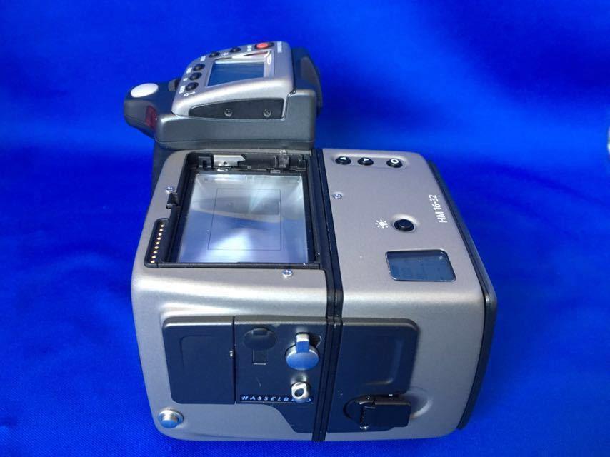 ハッセルブラッド H1 ボディ+フィルムマガジン、ポジフィルム5本、バッテリー(CR123A)6本オマケ。ラストチャンス!_画像2