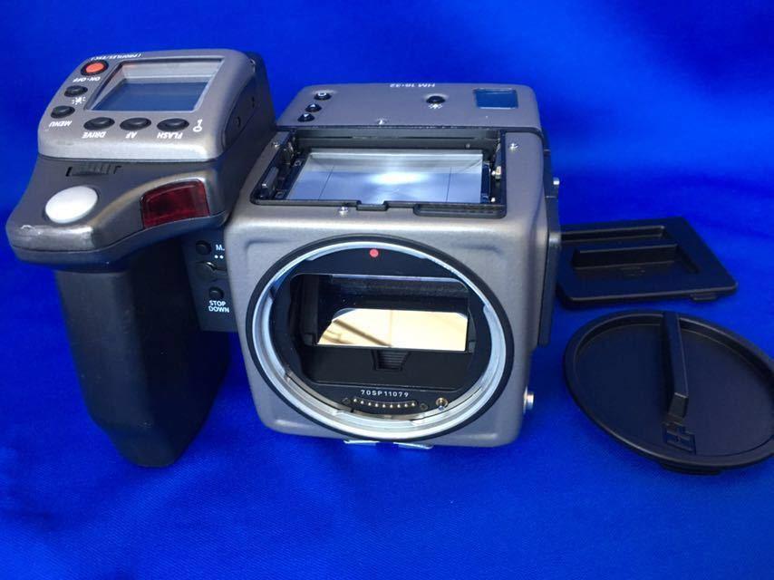 ハッセルブラッド H1 ボディ+フィルムマガジン、ポジフィルム5本、バッテリー(CR123A)6本オマケ。ラストチャンス!