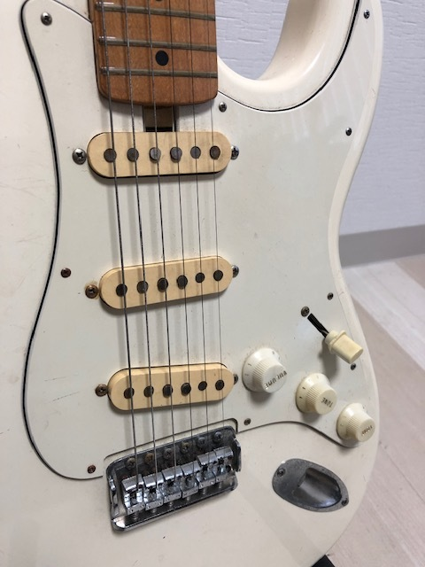貴重 ジャパンヴィンテージ ビザールギター Greco(グレコ) グネコロゴ ストラトタイプエレキギター_画像6
