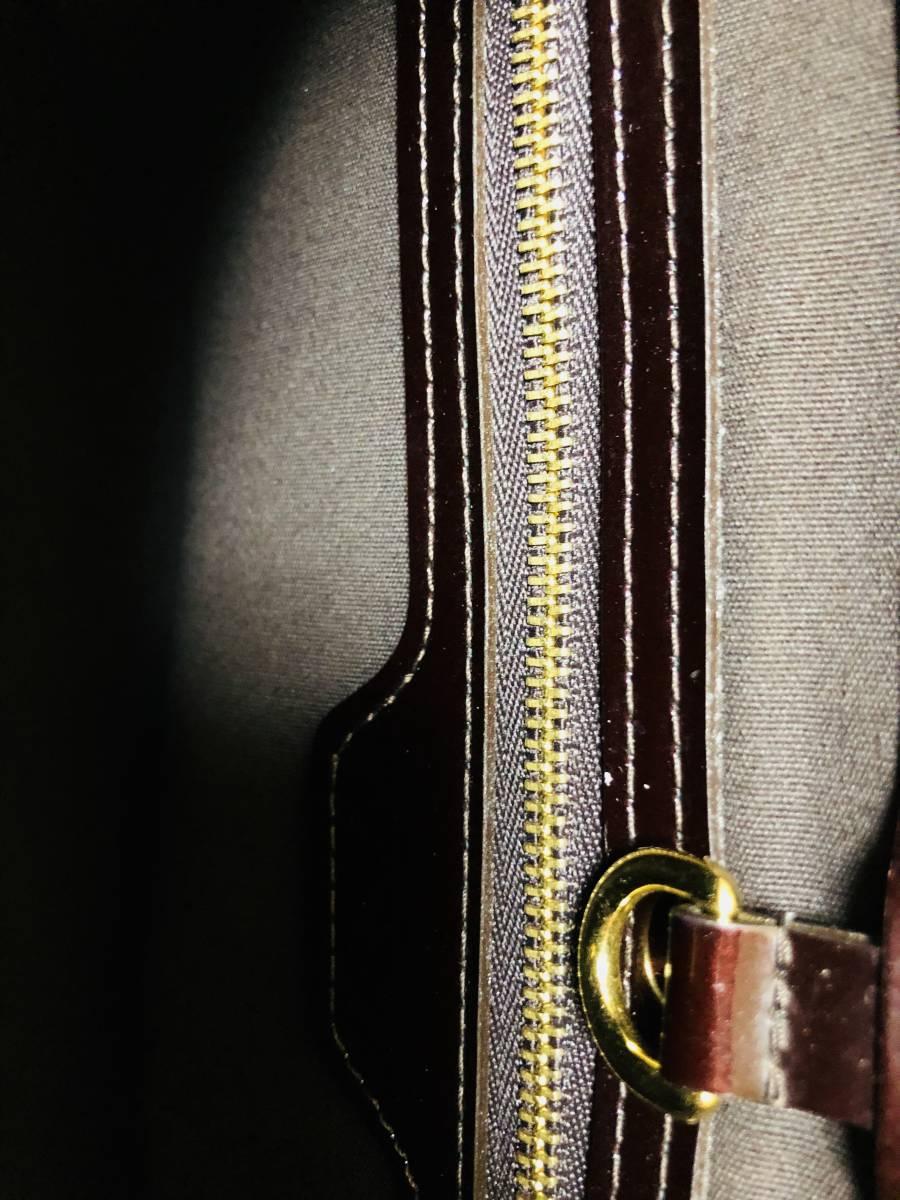 ◆ 超美品 ◆ ルイヴィトン LOUIS VUITTON ヴェルニ ライン ウィルシャー アマラント バッグ_画像4