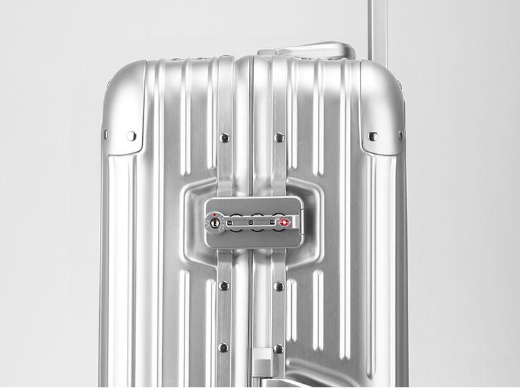 新品 上級絶品★航空級 アルミマグネシウム合金キャリーケース 強い耐圧 TSAロック搭載 スーツケース トランク 海外旅行 20インチ M162_画像8