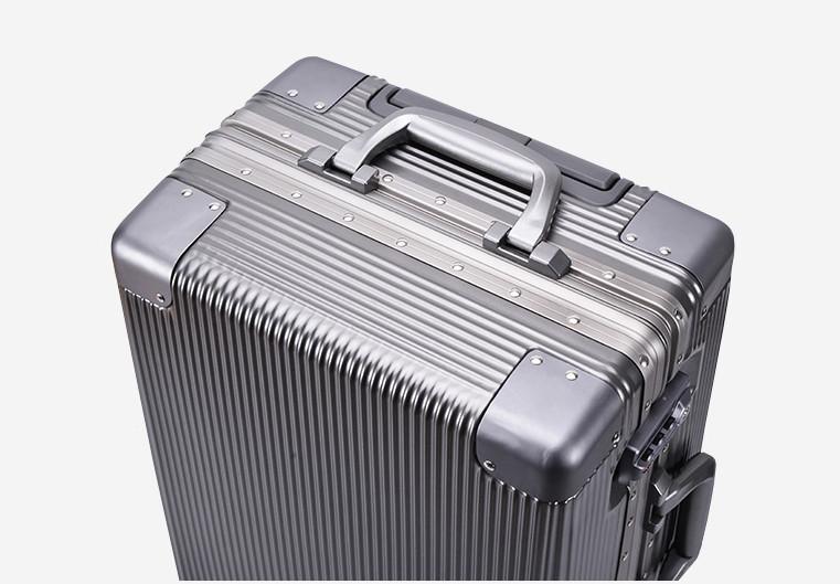 新品未使用【定価58万】航空級アルミマグネシウム合金キャリーケース 強い耐圧 TSAロック搭載 スーツケース トランク海外旅行20インチMV158_画像3