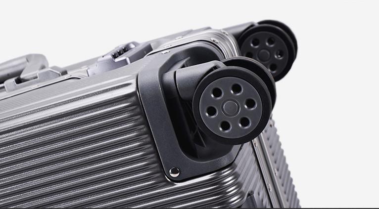 新品未使用【定価58万】航空級アルミマグネシウム合金キャリーケース 強い耐圧 TSAロック搭載 スーツケース トランク海外旅行20インチMV158_画像7