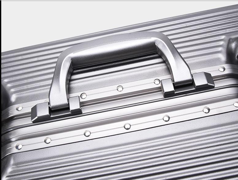 新品未使用【定価58万】航空級アルミマグネシウム合金キャリーケース 強い耐圧 TSAロック搭載 スーツケース トランク海外旅行20インチMV158_画像5