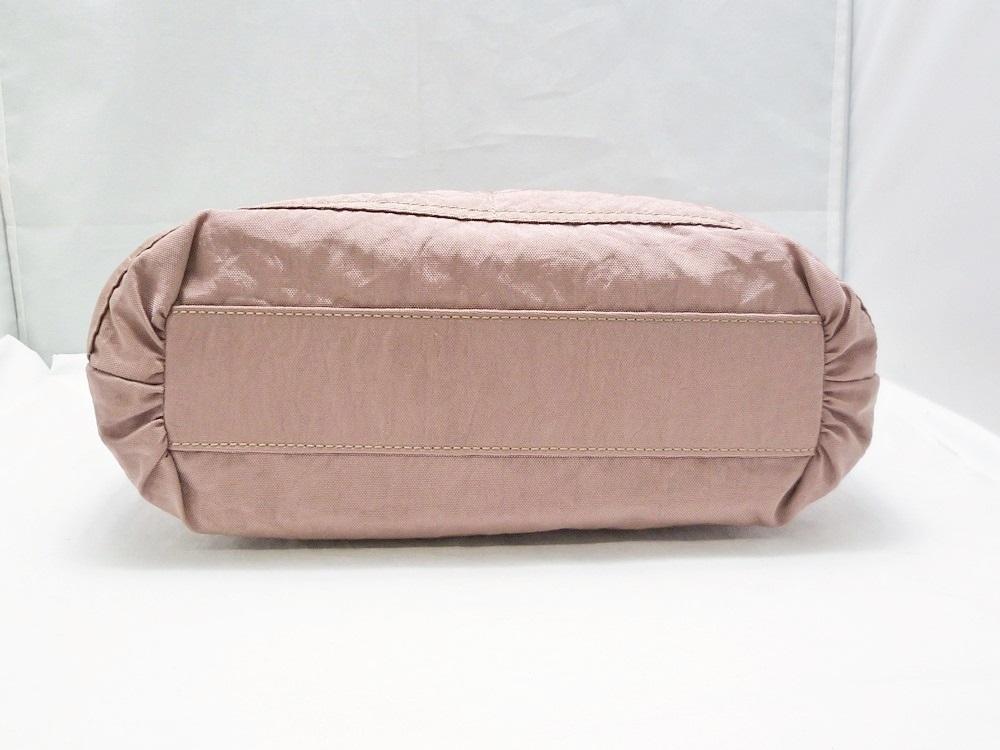 19-1350【中古】IBIZA イビザ イビサ ナイロン ハンドバッグ ピンク 花 ワンポイント 日本製 保存袋つき レディース_画像4