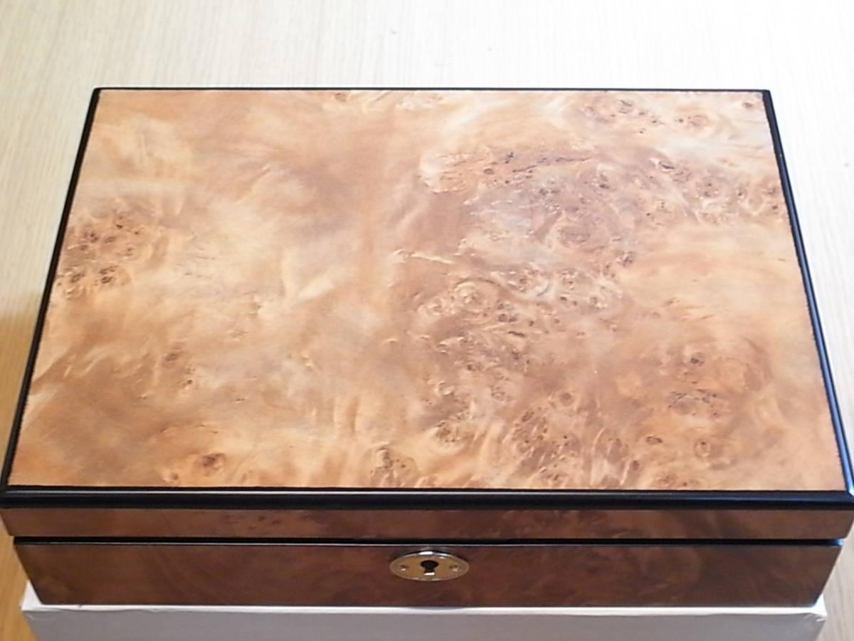 腕時計用 木製コレクションケース 8本収納 時計店の長期在庫品 化粧箱入りデットストック_画像6