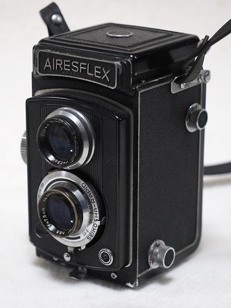 【ジャンク】★2眼レフカメラ AIRESFLEX アイレスフレックス+SEIKOSHA-RAPID F3.5 75mm★_画像2
