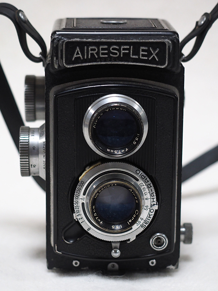 【ジャンク】★2眼レフカメラ AIRESFLEX アイレスフレックス+SEIKOSHA-RAPID F3.5 75mm★_画像3