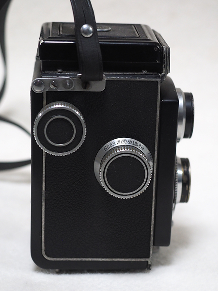 【ジャンク】★2眼レフカメラ AIRESFLEX アイレスフレックス+SEIKOSHA-RAPID F3.5 75mm★_画像4