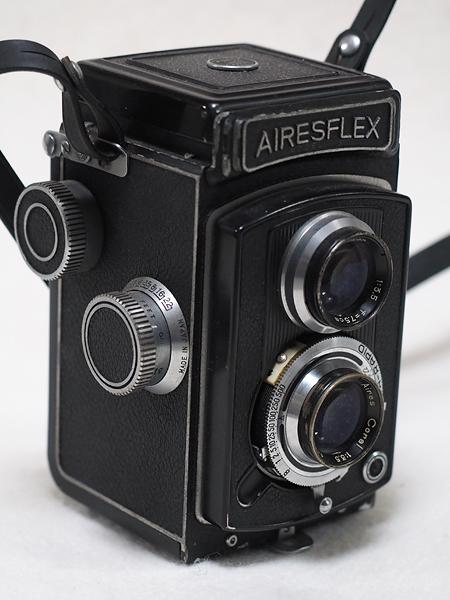 【ジャンク】★2眼レフカメラ AIRESFLEX アイレスフレックス+SEIKOSHA-RAPID F3.5 75mm★