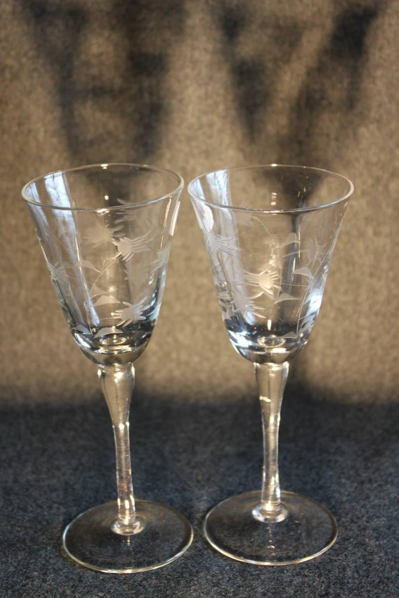〔時の風〕 WAIN01 ワイングラス シャンパングラス 【 珍しい花文様の2客セット 】 ガラス 手作り グラス 薄手 未使用 美品   _画像1