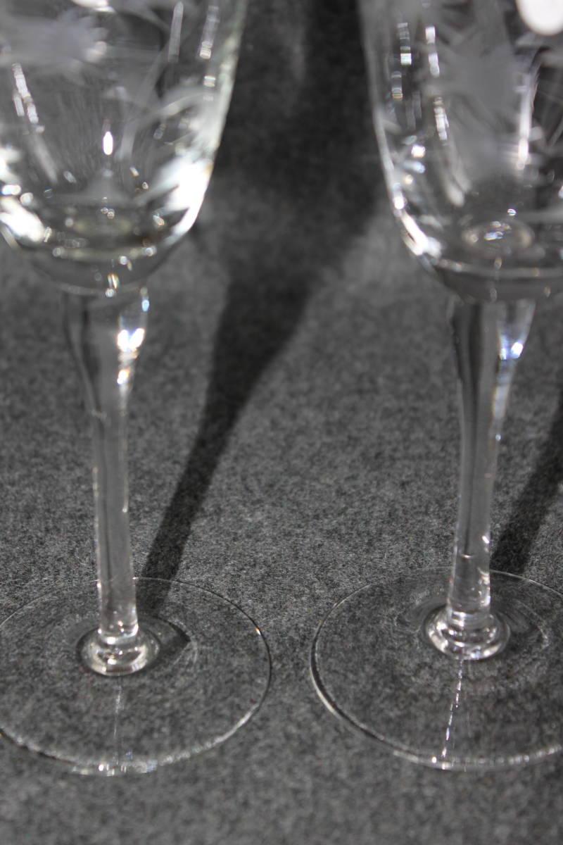〔時の風〕 WAIN01 ワイングラス シャンパングラス 【 珍しい花文様の2客セット 】 ガラス 手作り グラス 薄手 未使用 美品   _画像5