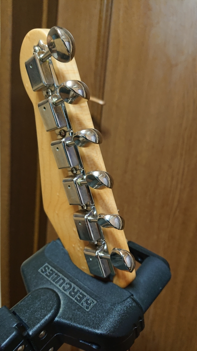 J.W.Black GuitarsJWB-S Lake Placid Blue Soft Aged Birds Eye Neck ストラト 中古美品_画像7
