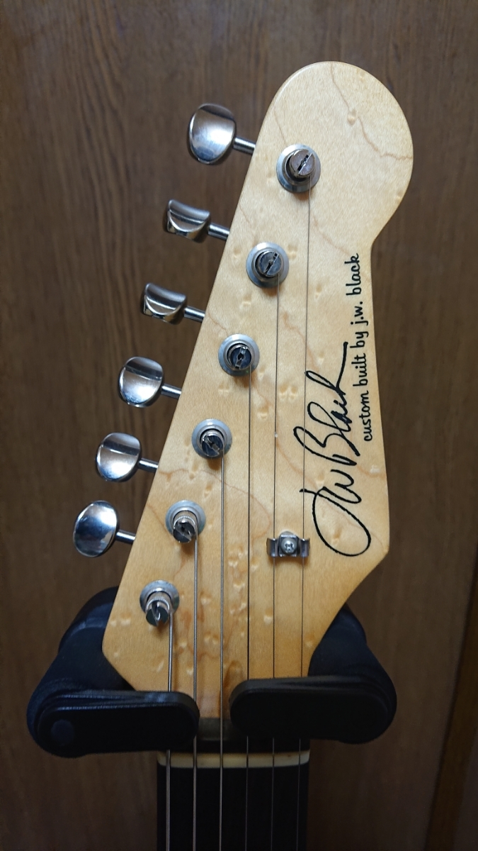 J.W.Black GuitarsJWB-S Lake Placid Blue Soft Aged Birds Eye Neck ストラト 中古美品_画像3