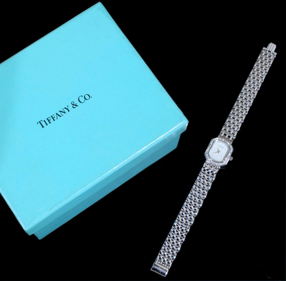 E8391【Tiffany&Co. 1837】ティファニー マーククーペ 純正ダイヤモンド 最高級18金WG無垢レディQZ 腕周り17cm 重量63.81g ケース幅16.7mm_画像3