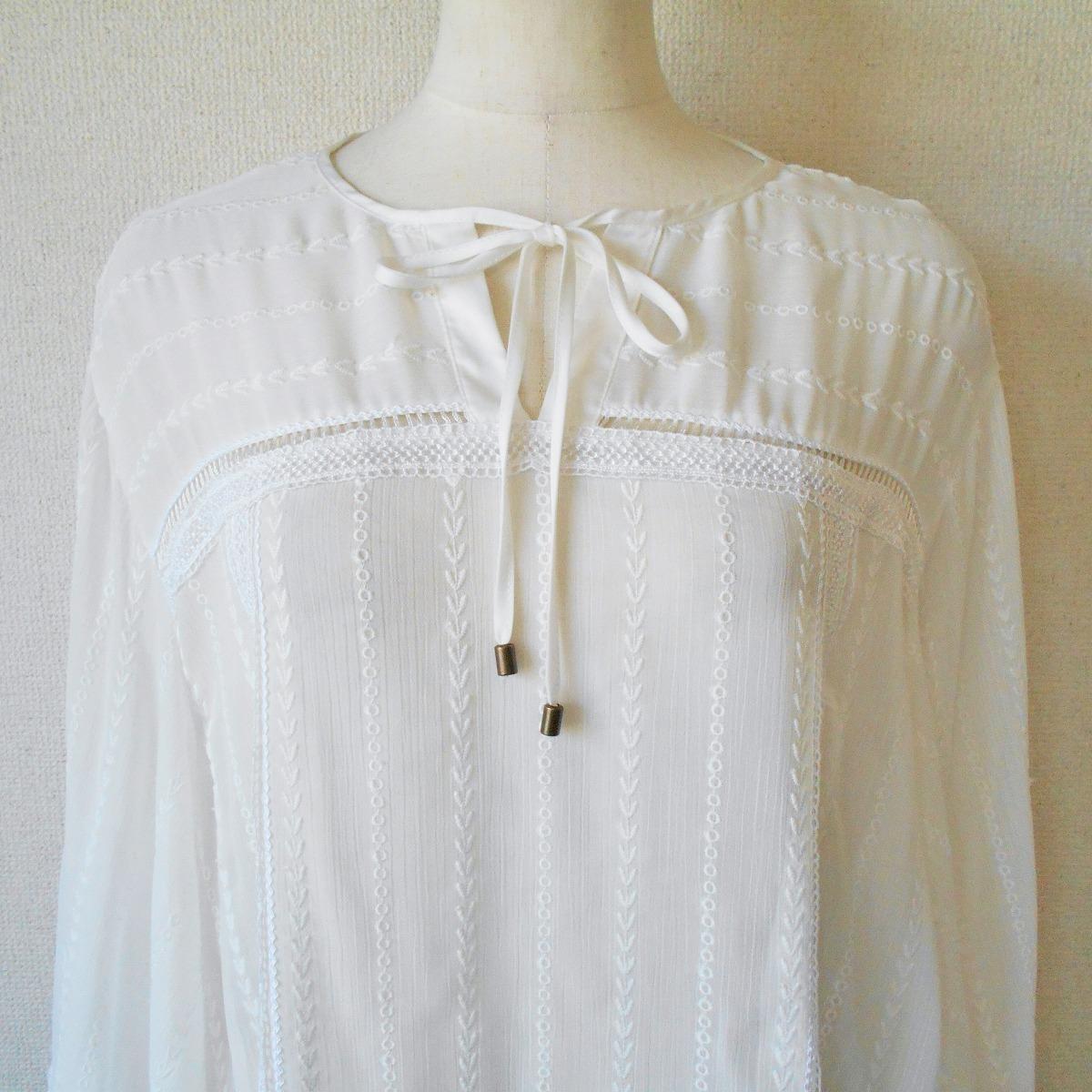 リリーブラウン Lily Brown お袖のデザインが お洒落 な シースルー チュニック ブラウス F_画像3