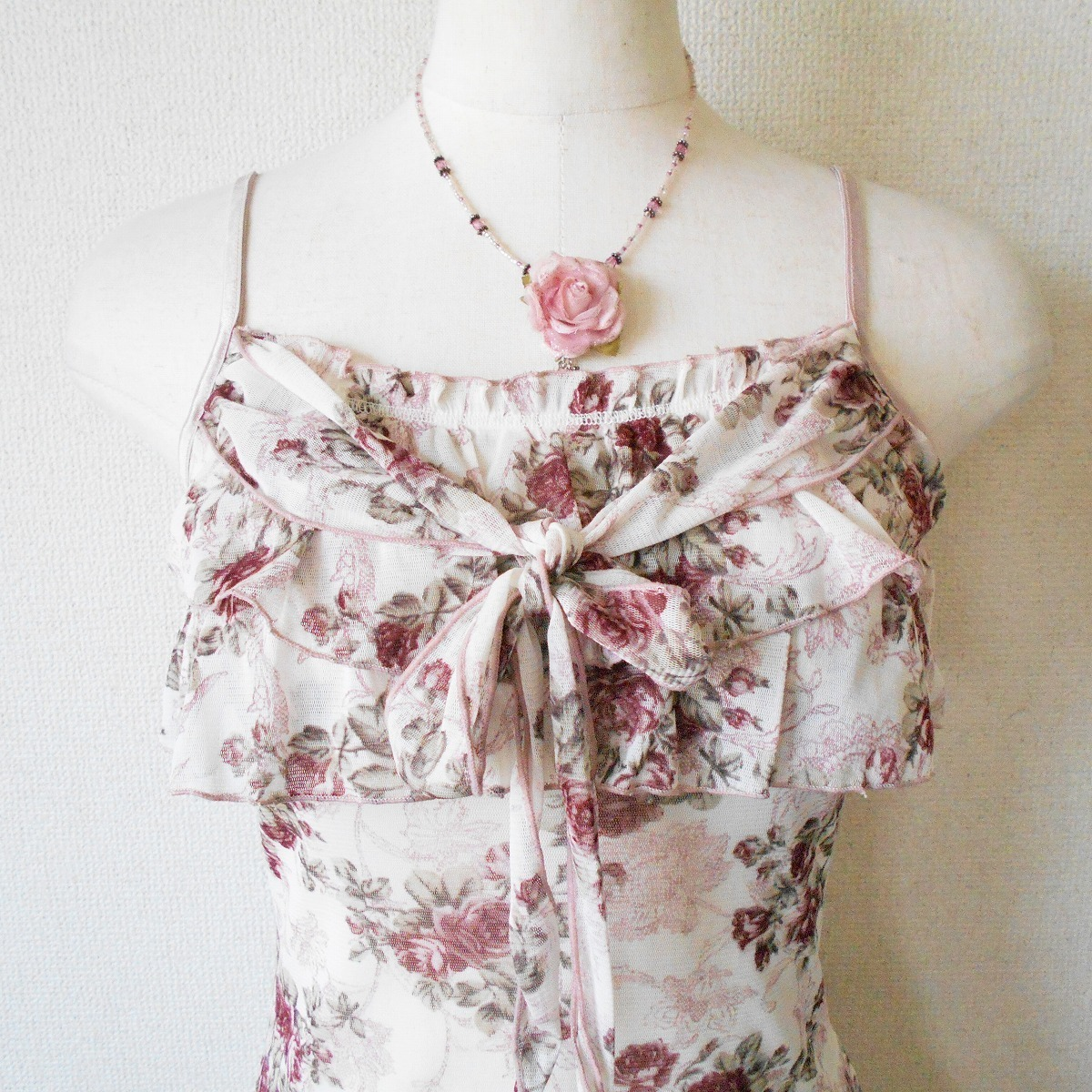 レストローズ LEST ROSE 胸元 フリル の 可愛い チュール キャミソール 日本製 M_画像2