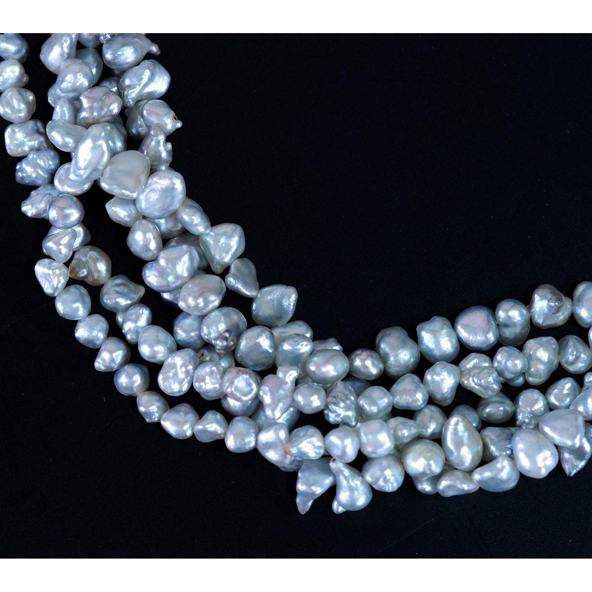 E8241 芥子真珠 天然絶品ダイヤモンド0.97ct 最高級18金無垢5連ネックレス 長さ40cm 重量48.3g バチカンの幅16.5×28.7mm_画像3